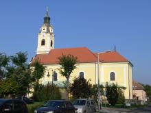 A bicskei Szentháromság templom