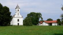 Gyúró Szentháromság templom